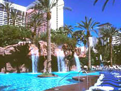 Flamingo beach club go pool nightlife shows for Nspi pool show vegas